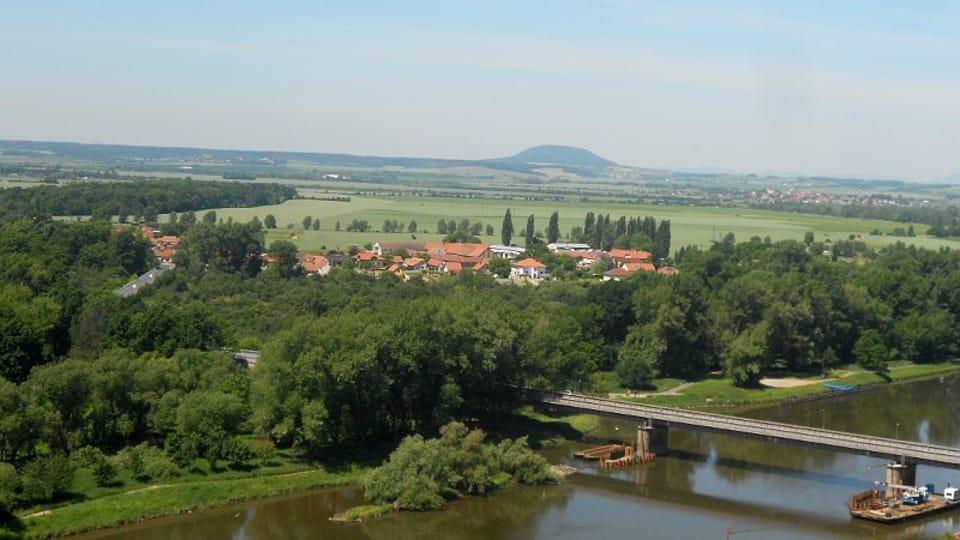 Vista a la montaña de Říp y el río Elba,  foto: Magdalena Kašubová
