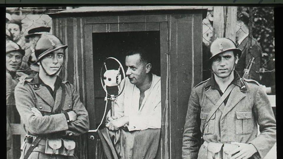 Josef Laufer comenta el partido entre el Juventus y el Slavia Praga,  Turín 1932 | Foto: e-Sbírky,  Národní muzeum,  CC BY 4.0