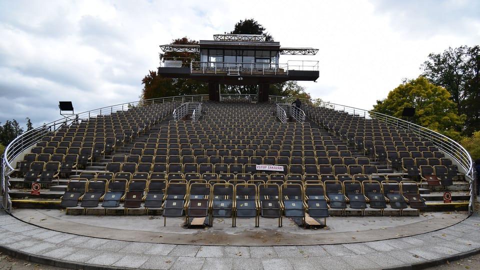 El auditorio giratorio de Český Krumlov,  foto: Ondřej Tomšů