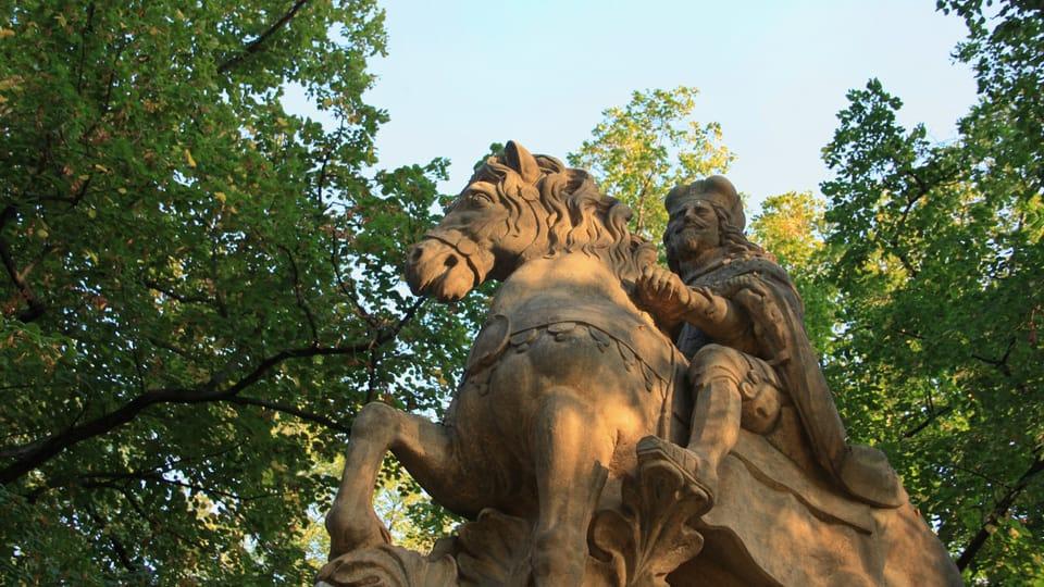 Se trata de una de las tres representaciones de San Venceslao en Praga hechas por el escultor Jan Jiří Bendl,  foto: Barbora Němcová