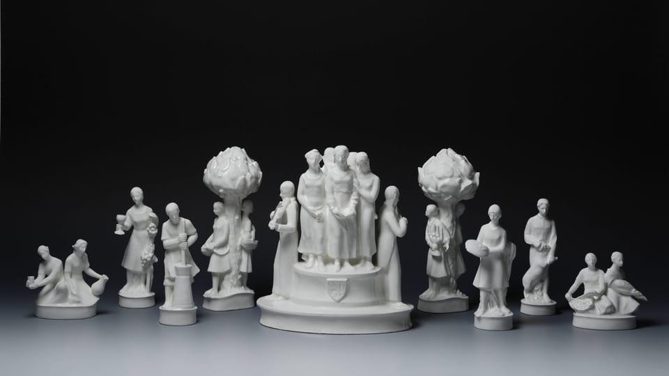Piezas porcelanas,  años 20 y 30 del siglo XX,  foto: Palacio de Lány,  © Colección del Castillo de Praga,  Jan Gloc