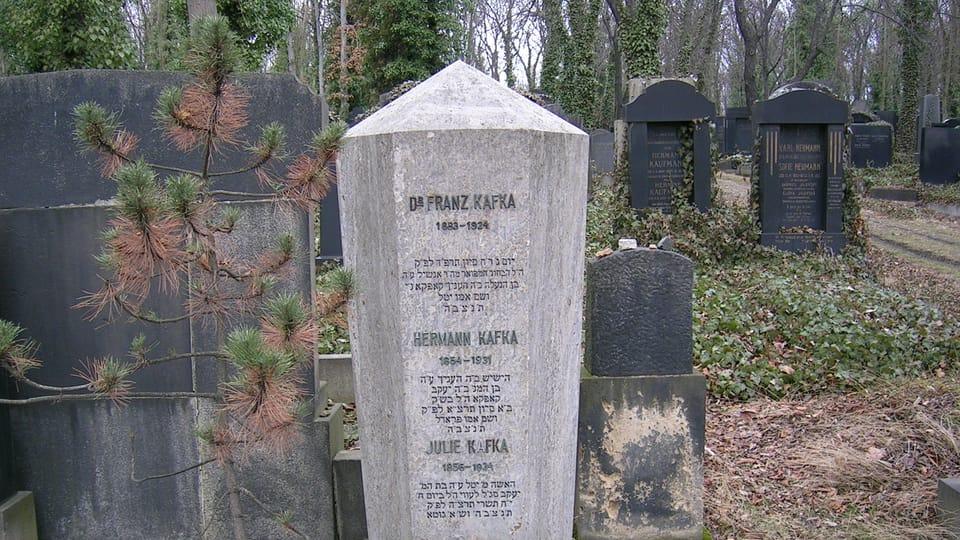 La tumba de Franz Kafka,  foto: Nightwish62,  Wikimedia Commons,  CC BY-SA 3.0