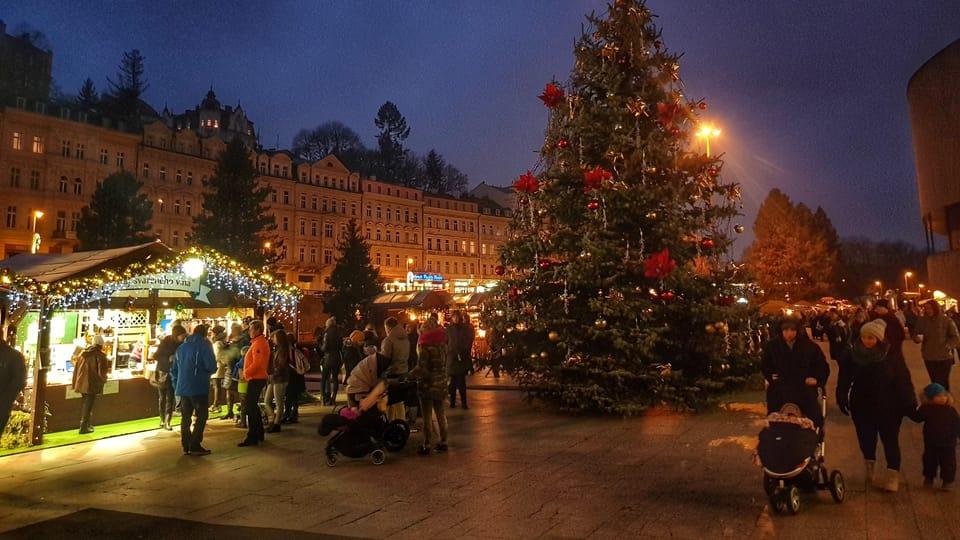 El árbol de Navidad en Karlovy Vary,  foto: Naďa Krásná