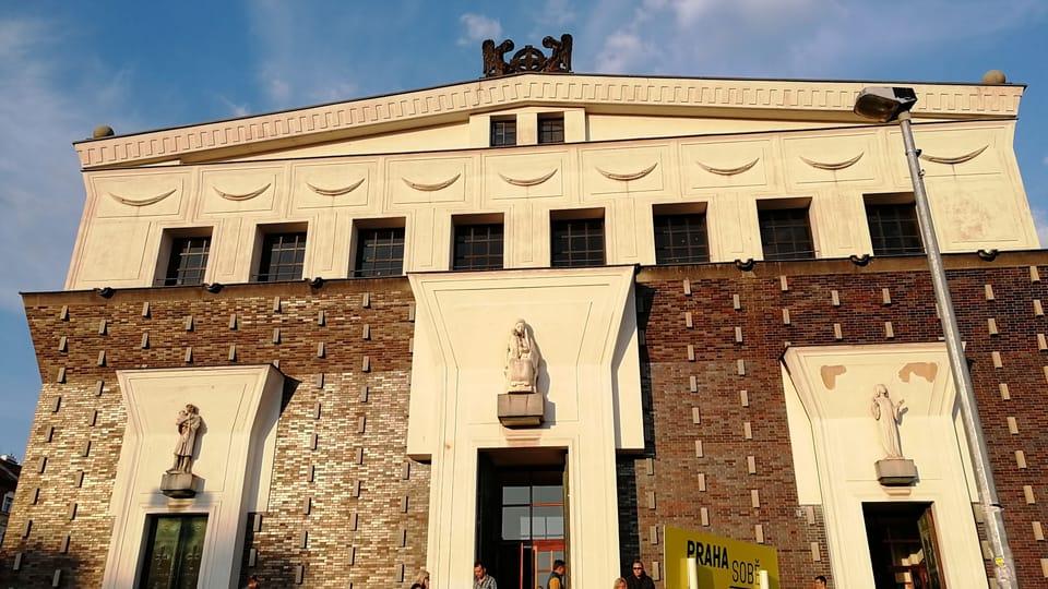 La iglesia del Sagrado Corazón en la plaza de Jorge de Poděbrady,  foto: Štěpánka Budková