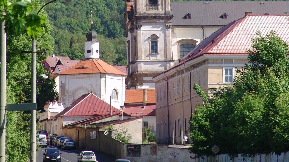 Zona de peregrinación con la iglesia de Nuestra Seňora de los Dolores en Bohosudov,  foto: Miloš Turek