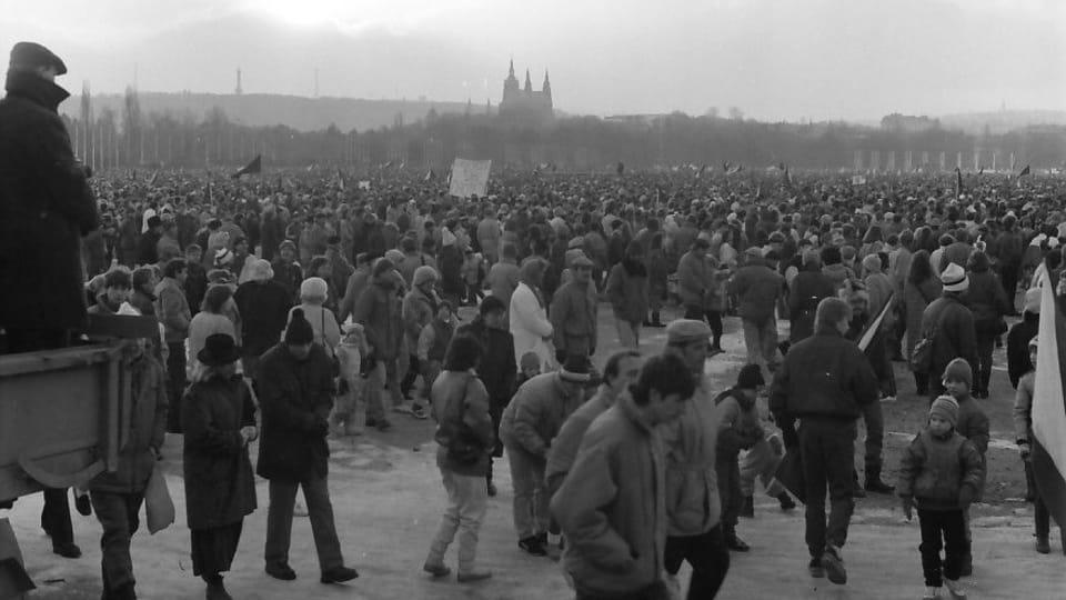 Letná en Praga,  el noviembre de 1989,  foto: Dušan Bouška