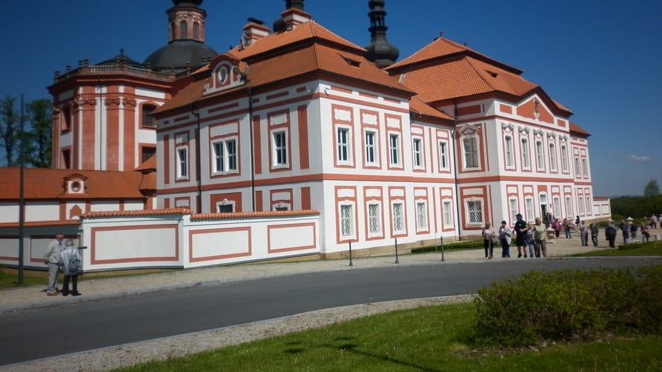 Zona de peregrinación de Mariánská Týnice con la iglesia de la Asunción de la Virgen María,  foto: Zdeňka Kuchyňová
