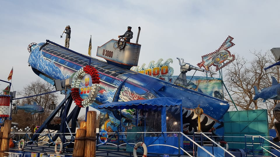 Un submarino,  una torre de caída libre de 90 metros,  un carrusel gigante: estas son algunas de las atracciones que podrán encontrar en la primera feria de primavera que hubo en Europa. La Feria de San Mateo,  popular entre praguenses y…