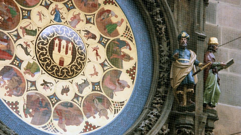 El Reloj Astronómico en la Plaza de la Ciudad Vieja en Praga después de una profunda reconstrucción,  foto: Barbora Němcová