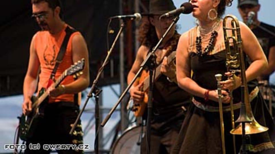 Grupo Los de Abajo  (Foto: www.rockforpeople.cz)