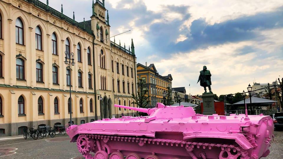 El tanque rosa de David Černý,  foto: ČC Stockholm