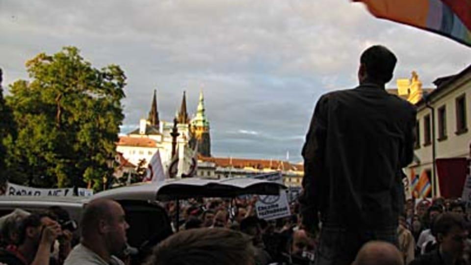 Demonstración cerca del Castillo de Praga  (Foto: Kristýna Maková)