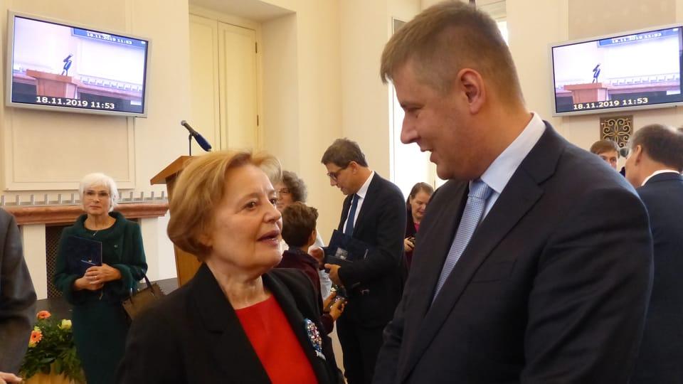 Magda Vašáryová y Tomáš Petříček,  foto: Klára Stejskalová