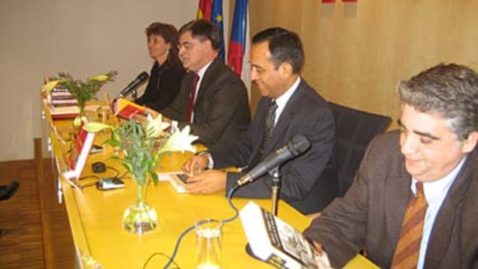 De izquierda a derecha: Anezka Charvatova,  Antonio Pedauyé y González,  Alberto Salas Barahona e Iňaki Abad