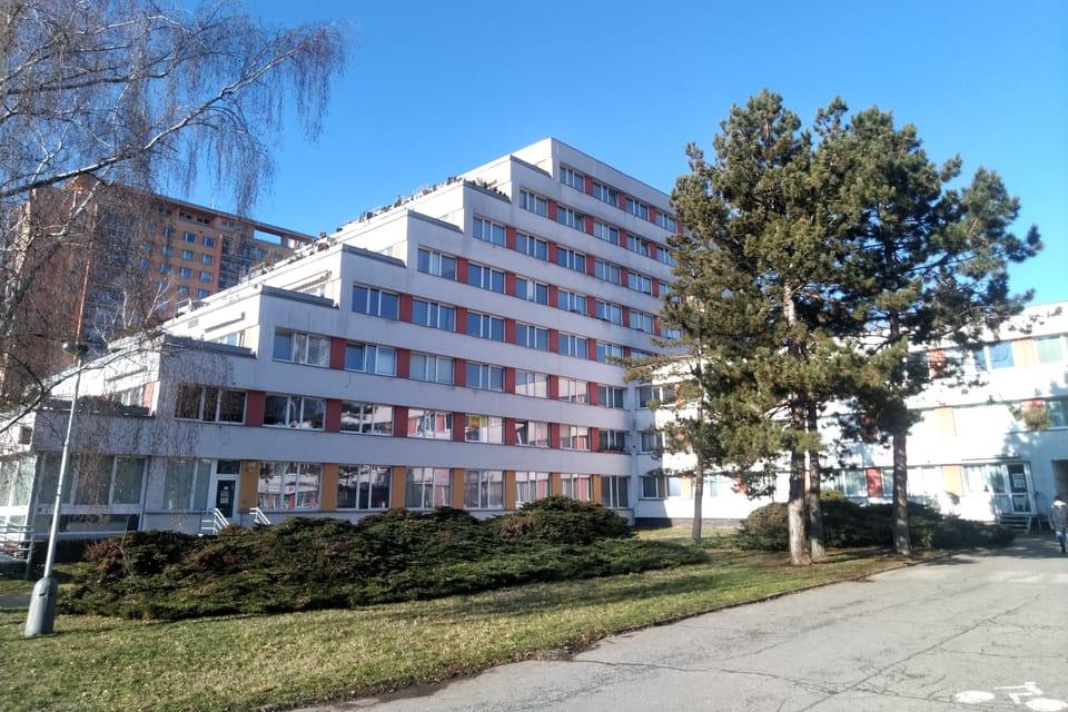 Un edificio de Ďáblice,  foto: Dominika Bernáthová