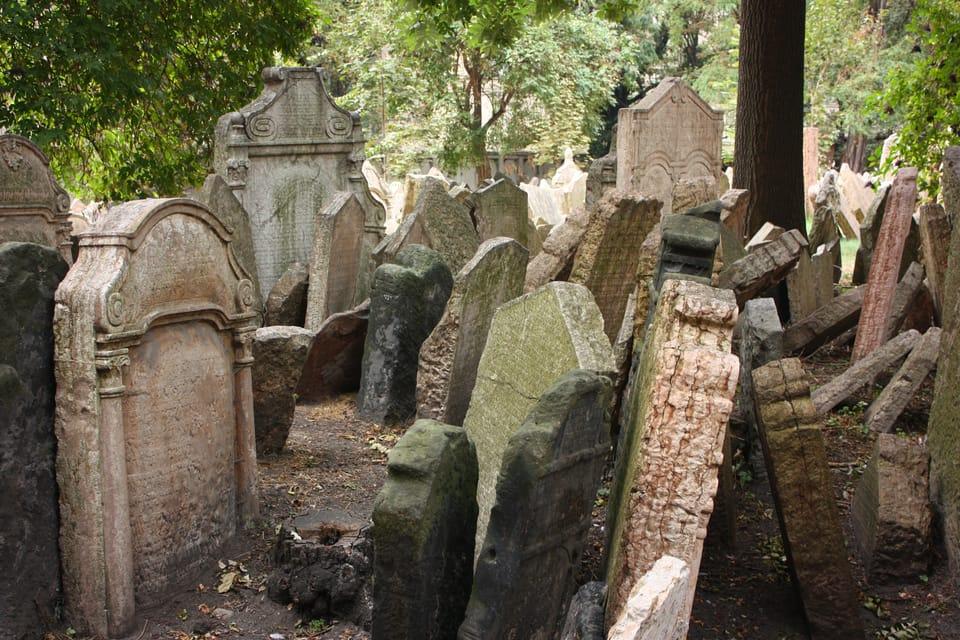 El antiguo cementerio judío de Praga,  foto: Štěpánka Budková