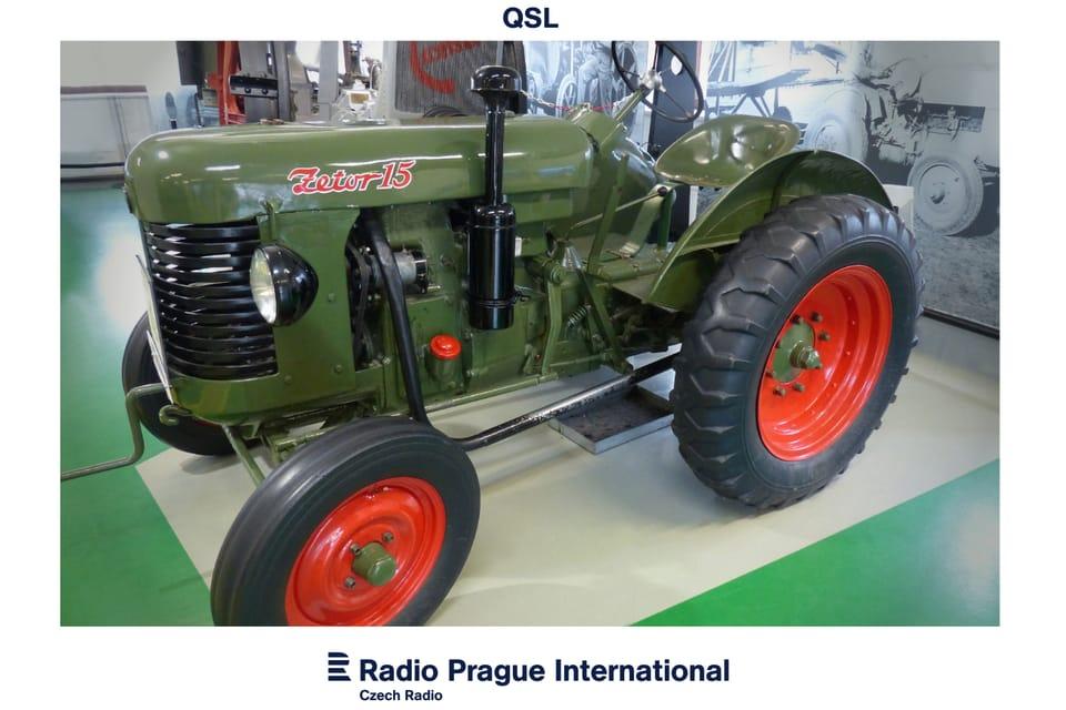 El tractor Zetor 15 con motor diésel de un cilindro,  fabricado entre los años 1946 y 1949  (Museo Nacional de Agricultura). Foto:  Radio Praga Internacional