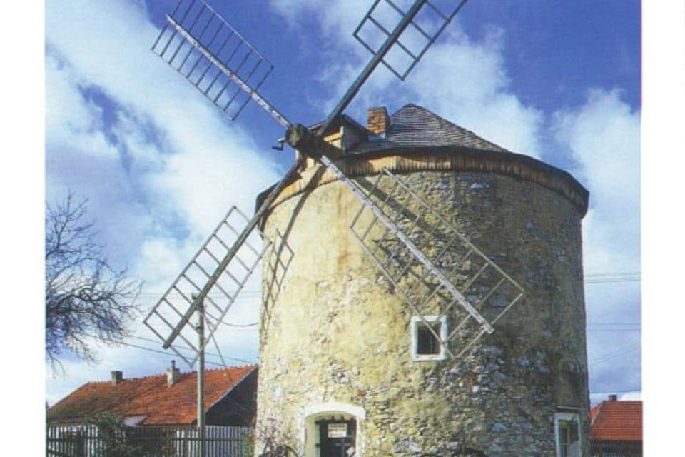 Molino de viento en Rudice,  foto: CzechTourism